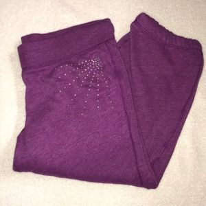 Adorable Bling Purple Capri Sweats Small